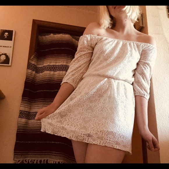 Dresses & Skirts - Cream lace// off the shoulder //cute mini dress